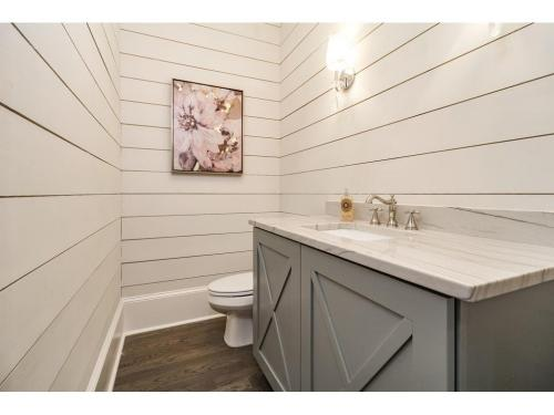7 Meadowvale -Powder w ship lap walls Xpanel Cabinets